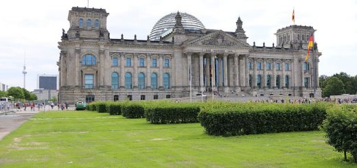 berlin-reichstag-bundestag-destination-europe